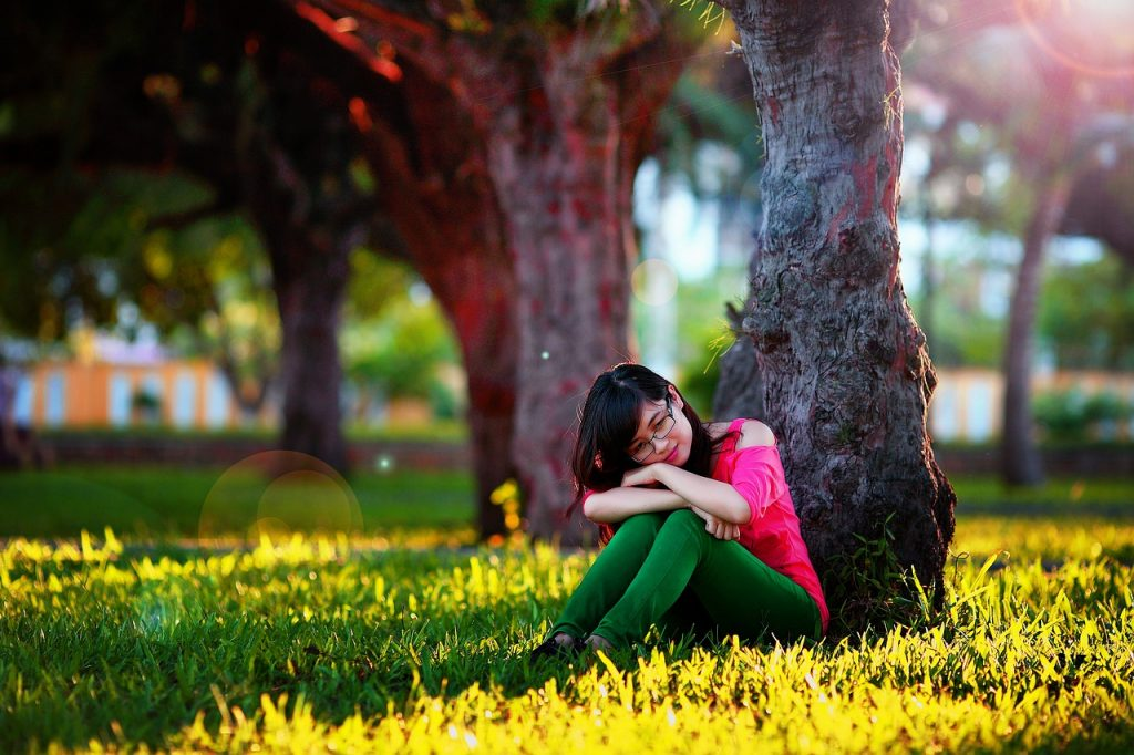 girl-1721432_1280